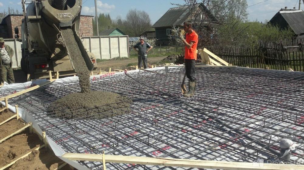 залить бетоном площадку цена