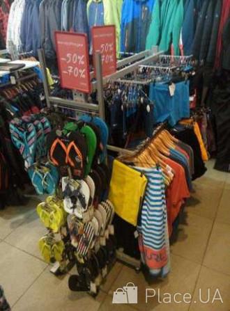 Розпродаємо торгові стелажі та стійки під одяг або взуття Киев -  изображение 4 0a053688ad146
