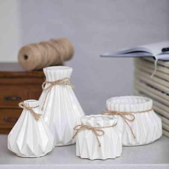 Набор оригинальных ваз для декора Алхимия белые доставка из г.Киев
