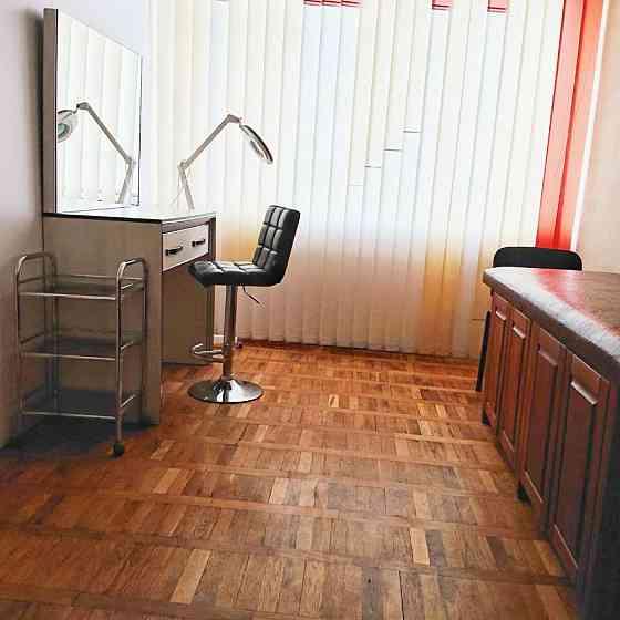 Аренда рабочего места для мастера маникюра, педикюра, бровиста, визажиста, лашмейкера Херсон