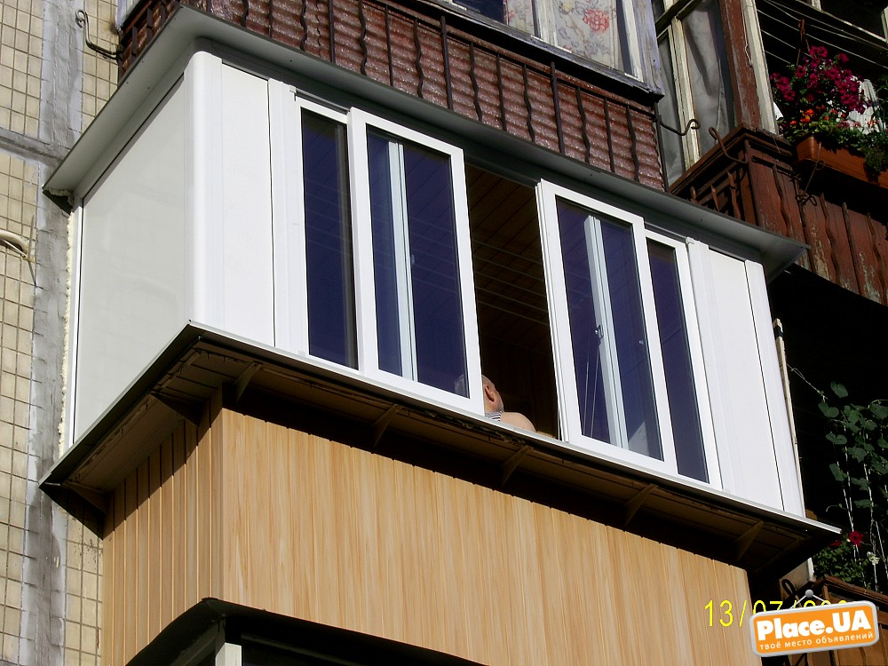 Остекление балконов алюминиевыми раздвижными окнами купе пен.